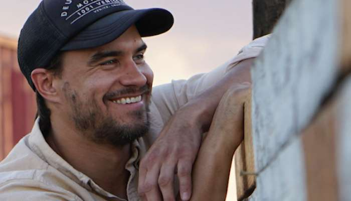Rob Mayes – Caroline Chats with the Rising Country Artist