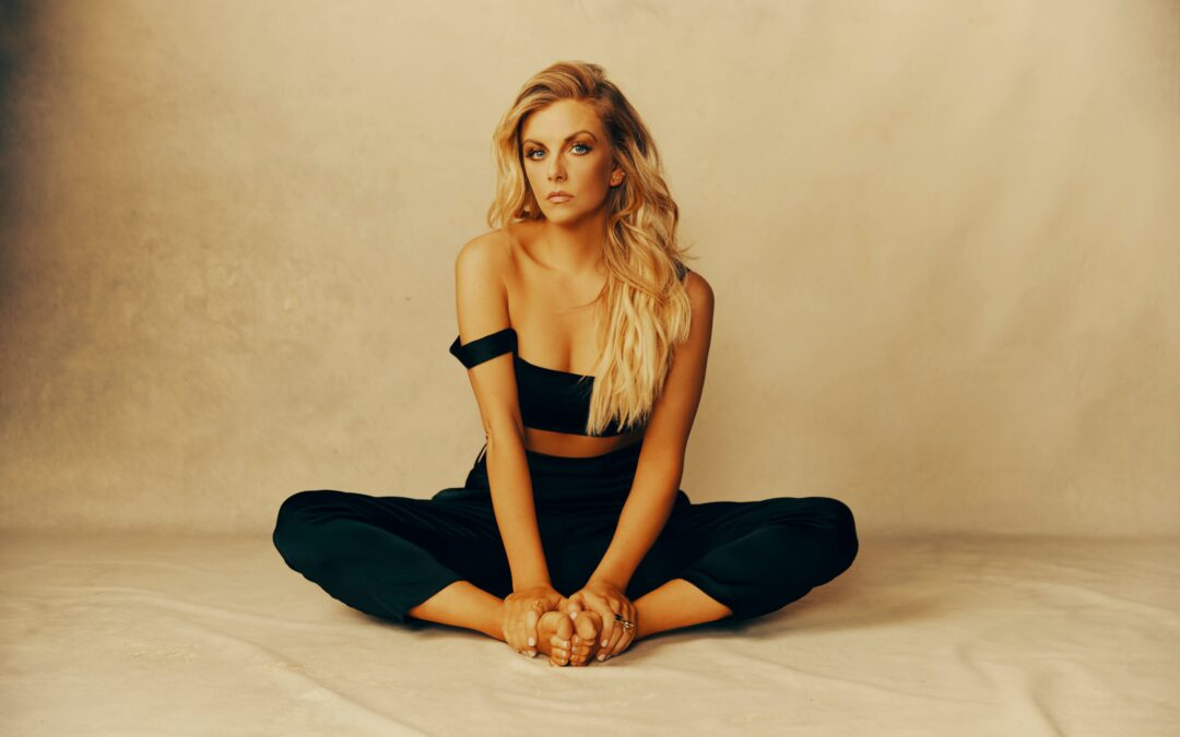 New from Lindsay Ell – ReadY to love (out now)