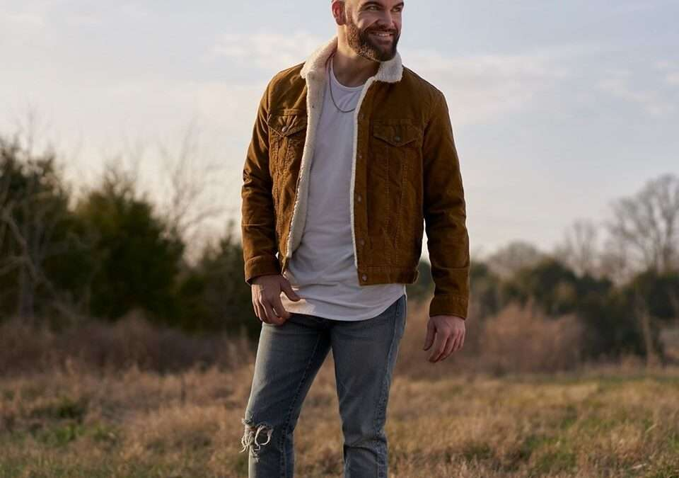 Dylan Scott Releases 'New Truck' Live Video